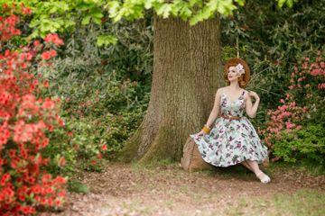65af9b0c0e64 Αυτό το 50s φλοραλ φόρεμα θα αποτελέσει το βασικό κομμάτι της συλλογής σας!